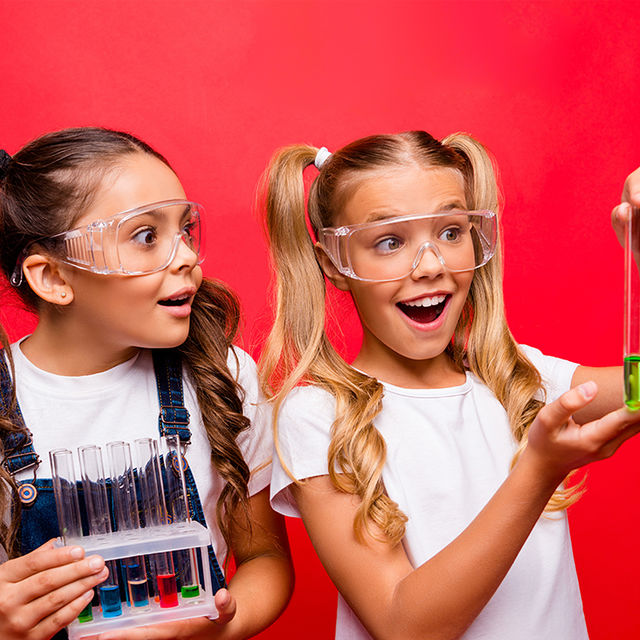 Ateliers scientifiques en famille