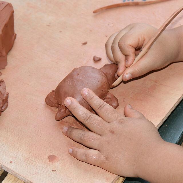 Atelier famille - spécial maternels - sculpture Gogotte