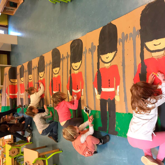 Maternelle - fresque carnaval.