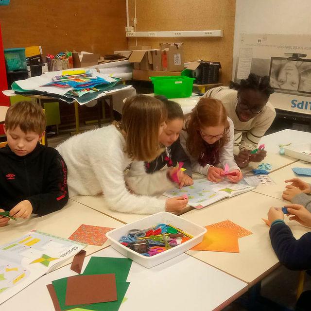 Ecole élémentaire - Origami.