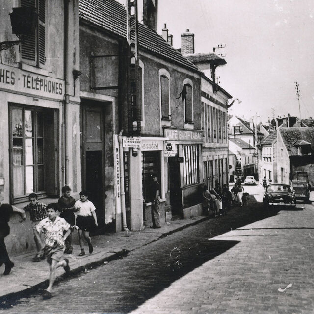 La Grande rue rebaptisée rue Amodru, années 1950
