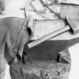 Outils à l'atelier de Philolaos