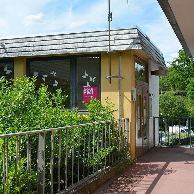 Le centre de Protection maternelle et infantile (PMI).